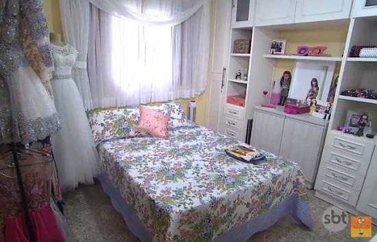 quarto larissa manoela 4
