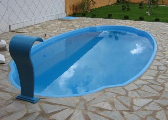 Cuidados necessários para pets em uma casa com piscina