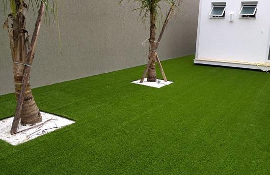 Descubra o tipo de grama sintética ideal para a sua casa