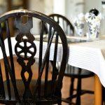 Como evitar cupins e outras pragas em móveis de madeira?